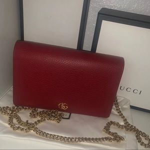 GUCCI MARMONT PETITE WALLET ON CHAIN